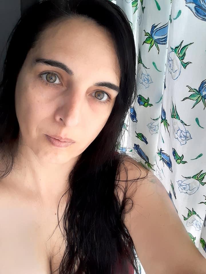 Paula Fernanda Alonso Hermana nacida en Agosto 1977